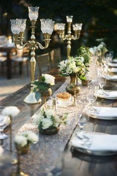 Glamorous elegant outdoor wedding and al fresco at Nashville's plantation wedding venue, Historic Cedarwood Farm Table Decor, Table Decorations, Centerpieces, Wedding Decorations, Dish Display, Cool Tables, Elegant Dining, Al Fresco Dining, Home Decor