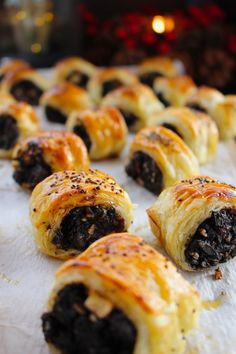 Black pudding, apple and cranberry sausage rolls Aga Recipes, Irish Recipes, Kitchen Recipes, Cooking Recipes, Boxing Day Food, Scotch Eggs Recipe, Cranberry Jam, Appetizer Recipes, Savoury Recipes