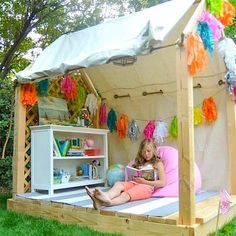Mon coin lecture dans une cabane girly / My corner reading in a girly hut