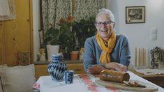 Glockenspielerin Rosemarie - ein Leben voller Musik Es sind die Menschen, die Kitzbühel und seine Feriendörfer Reith, Aurach und Jochberg so besonders machen. #LocalHeroes #kitzbühel #wirsindKITZBÜHEL Music Life, Tourism, People