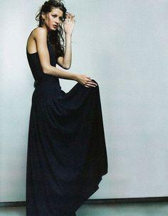 "opaqueglitter:  Gisele Bundchen by Kelly Klein for Vogue UK October 1998 ""Longe Range"""
