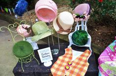 Alice in wonderland tea party - Mad Hatter's hats for all the guests