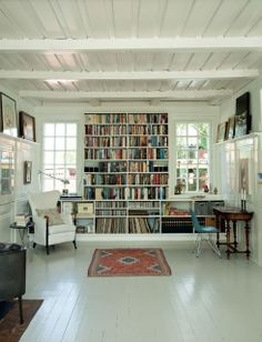 A home library -- a welcome addition to every house! Style At Home, Home Libraries, Scandinavian Home, Cozy House, Home Fashion, My Dream Home, Home And Living, Home Office, Living Spaces