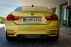2014 BMW M4 Coupe (F82) yellow