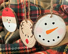 Set of Three Rustic Christmas Ornaments Wood Slice Ornaments Rustic Christmas Ornaments, Reindeer Ornaments, Ornament Crafts, Christmas Wood, Handmade Ornaments, Handmade Christmas, Holiday Crafts, Christmas Decorations, Christmas Snowman