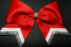 Cute cheer bow! my school colors