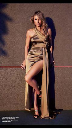 Maria Sharapova wearing Ralph Lauren dress and Giuseppe Zanotti heels Maria Sharapova Hot, Sharapova Tennis, Maria Sarapova, Tennis Players Female, Gwyneth Paltrow, Athletic Women, Beautiful Legs, Sensual, Sexy Legs