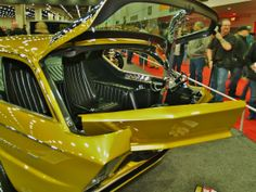 Howdy, I'm building a replica of the original Deora, and even though I've got lots of neat pictures of this fantastic creation, I'm always looking for. Dodge Muscle Cars, T Bucket, Model Cars Kits, Ford Pickup Trucks, Hot Rod Trucks, Retro Futuristic, Chimera, Transportation Design, Street Rods