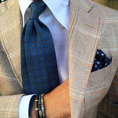 "violamilano: @rickycarlo sporting a Viola Milano ""Sea Multifloral"" silk tie, ""Navy Flower"" pocket square & some mixed bracelets… www.violamilano.com #vm #violamilano #handmade #madeinitaly #luxury #sartorial #elegance #details #menswear"