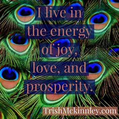 What if we fell in love with our eyes closed ? Affirmations For Anxiety, Affirmations For Women, Wealth Affirmations, Morning Affirmations, Positive Affirmations, Gratitude Quotes, Attitude Of Gratitude, Positive Mindset, Positive Vibes