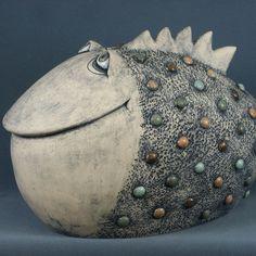 - Everything for the garden – Everything for the garden Ceramic Sculpture, Sculpture Art, Clay Art, Cup Art, Ceramic Art Sculpture, Ceramic Design, Ceramic Clay, Ceramic Fish, Pottery Classes
