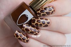 Very Emily » Giraffe Print Nails