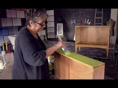 In Annie Sloan's newest video series, she shares how to create a smooth, flat finish with Chalk Paint®! See how she visually plans her project and mixes a gorgeous custom color for a sleek finish on a mid-century modern chest of drawers! Part 2 of 3