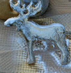 how she painted a mercury glass look onto some salt dough ornaments moose_antique look