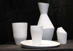 DMY Berlin: Parts  19 asymmetric ceramic pieces for Australian homewares distributor 'Maxwell & Williams'. Design by ett lan benn