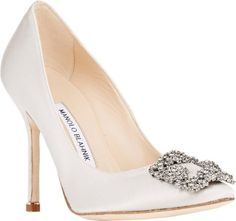 Zapatos de novia Manolo Blahnik 2016: máximo glamour a tus pies Image: 10