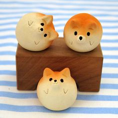 "The Shiba Inu figurine of Ceramics New! ""Shiba balls""  Shiba is the Japanese dog.    Animal sculpture"