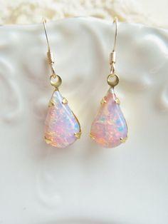 Vintage Fire Opal Earrings Vintage Glass por hangingbyathread1