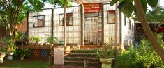 La casa ecologica de Botellas