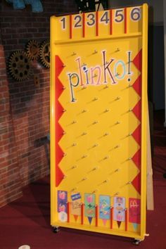 There are just SO many times I've needed a PLINKO board. OP:giant games would super fun at a children's or teen program. Thanks for the idea, Danielle! Diy Yard Games, Diy Games, Backyard Games, Party Games, Diy Carnival, Carnival Games, Youth Activities, Activity Games, Life Size Games