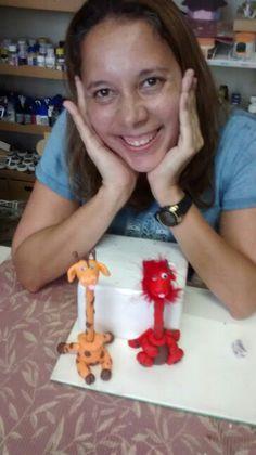 Minha aluna ,curto suas ideias,dragãozinho biscuit caneta Sonia Valle