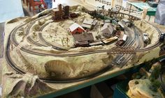 small ho scale train layout ideas | This small HO scale layout on display at the Western Reserve Model ...