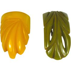 Pair Vintage Bakelite Dress Clips Olivine and Butterscotch Offered by The Vintage Jewelry Boutique on Ruby Lane
