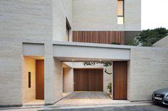 Jeong Jaeheon Minimal Architecture, Facade Architecture, Minimalist House Design, Minimalist Home, Modern Exterior, Exterior Design, Korean Apartment, Textured Walls, Building Design