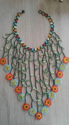 """""""kind of liking the vines and flowers as a valance or overlay on top of kitchen curtains"""" Beaded Jewelry Patterns, Fabric Jewelry, Beading Patterns, Jewelry Crafts, Handmade Jewelry, Native Beadwork, Beaded Collar, Crochet Bracelet, Seed Bead Jewelry"""