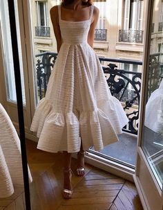Ladies Wedding Guest Dresses White Tassel Dress Korean Dress White And White Dress Ladies Wedding Guest Dresses White Tassel Dress Korean Dress White And – mylovecloth Pretty Dresses, Beautiful Dresses, Elegant Dresses, Elegant White Dress, Awesome Dresses, White Chic, Look Retro, Look Fashion, Fashion Design