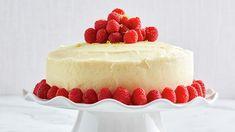 Bowl cake with blackberries and faisselle - HQ Recipes Spring Desserts, Lemon Desserts, Lemon Recipes, Delicious Desserts, Cake Recipes, Dessert Recipes, Dessert Ideas, Lemon Cakes, Spring Recipes