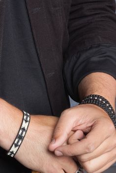 CHAN LUU MEN'S Silver Mix Single Wrap Bracelet on Natural Black