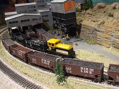 HO Gauge model trains by RichardBowen
