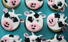 Cow Cupcakes - Farm Party ideas for the class? via @frugalgirls