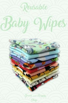 These reusable baby wipes are super cute! Great to be used in combination with cloth diapers. Next to baby bums, these washable cloth wipes can also be used for hands and faces. These wipes are great with a zero waste, sustainable lifestyle. Best Baby Shower Gifts, Baby Gifts, Avent Baby Products, Used Cloth Diapers, Natural Parenting, Parenting Tips, Family Outfits, Natural Baby, Cloth Napkins