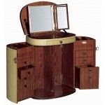 Marie-Galante Make Up Trunk. Something special for the lady that has it all but needs it all with her anywhere in the world! theperfectgentleman.tv
