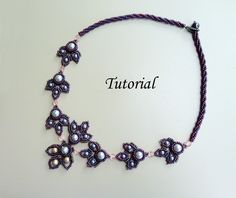 TUTORIAL for Buzzy Little Bees Beadwoven Necklace. $7.95, via Etsy.
