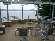 Ready for a party on a Duradek deck in Crownsville, MD