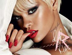 I trucchi di Rihanna: arriva la RiRi Mac Holiday Collection per il Natale 2013