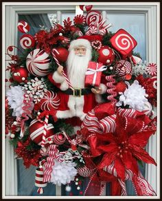 Beautiful Santa Christmas Wreath, X-Large Delightful Holiday Wreath. FREE US SHIPPING.