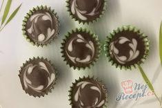 Klasické šuhajdy se před těmito košíčky z ledových kaštanů mohou stydět.   NejRecept.cz Muffin, Breakfast, Desserts, Food, Morning Coffee, Tailgate Desserts, Deserts, Essen, Muffins