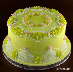 Spring and stringwork | SifBeth Royal Icing Academy