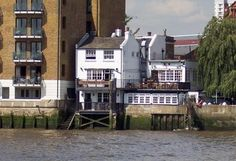 Greater London, England - Tower Hamlets - The Prospect of Whitby: View from the river