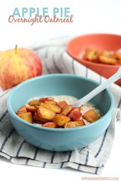 Apple Pie Overnight Oatmeal | FitFoodieFinds.com #breakfast #fall