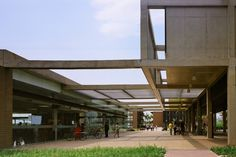 Escola de Ensino Médio SESC Barra  / Indio da Costa Arquitetura