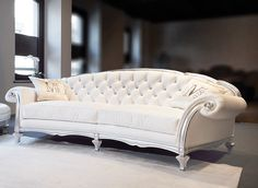 White Leather Sofa On Contemporary Living Room Furniture Leather Furniture, Sofa Furniture, Luxury Furniture, Furniture Design, Baroque Furniture, Contemporary Living Room Furniture, Contemporary Sofa, Modern Sofa, Lounge Design