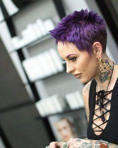 Von langweilig kann hier nicht die Rede sein! Für Frauen mit Mut …, 11 Kurzhaarschnitte mit knalligen Farben! - Neue Frisur