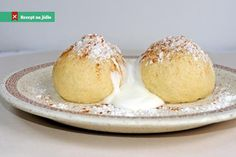 Ovocné kynuté knedlíky Czech Recipes, Russian Recipes, Recipe R, Fast Dinners, Sweet And Salty, Muffin, Food And Drink, Pudding, Bread