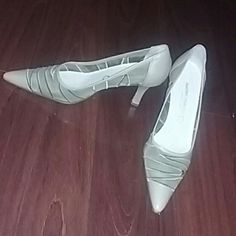 Martini Osvaldo heels These are cream a colored pointy heels  martini Osvaldo brand size 37(Italian)  Worn but they  still have life and super cute!!! Ask any questions and thank s for looking! martini Osvaldo  Shoes Heels