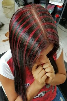 Red Highlights, Straight Hairstyles, Long Hair, Hair Styles, Sexy, Beauty, Hair Plait Styles, Hair Makeup, Long Hairstyle